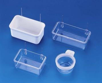 Madáretető szögletes műanyag akasztható